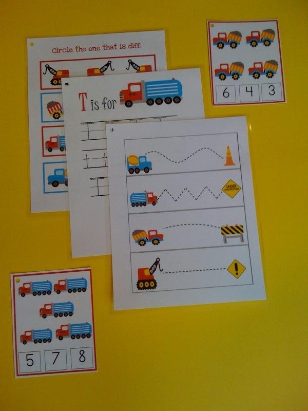 Cute construction activities!  Lots more preschool printables