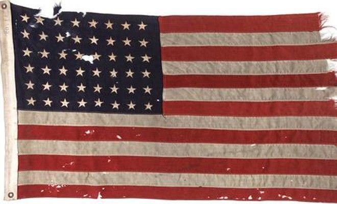 D-Day flag from US boat sells for $514G at Dallas auction | Fox News