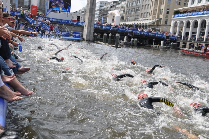 Hamburg Triathlon 2012, How FUN does this look?