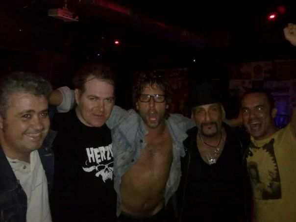 Con Manitoba de Dictators, uno de mis grupos del punk favoritos!!