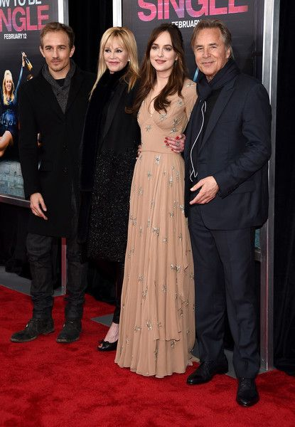 Dakota Johnson Photos - (L-R)  Actors Jesse Johnson, Melanie Griffith, Dakota Johnson, and Don Johnson attend the New York…