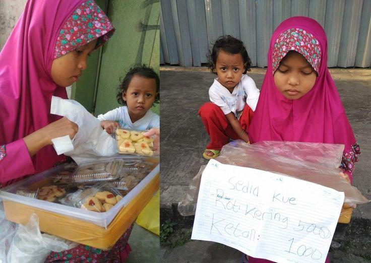 Anak Perempuan Ini Jualan Kue untuk Biaya Sekolah Ketika Akan Diantar Pulang Jawaban yang Diberikannya Mengejutkan