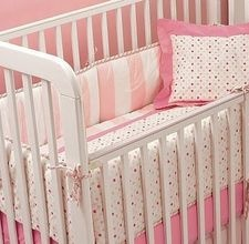 How to make a baby bedding set.....it might come down to this.  I am not finding what I like why not make it! Of course not pink!!!