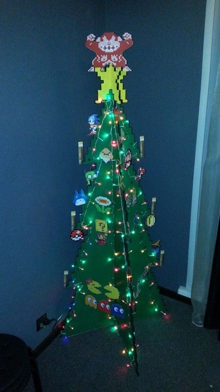 Make Your Own Festive Christmas Tree in 8bit Style (1)