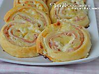 Rotolo di patate con prosciutto e formaggio buonissimo saporito e goloso, ideale come secondo piatto ottimo sia caldo che freddo