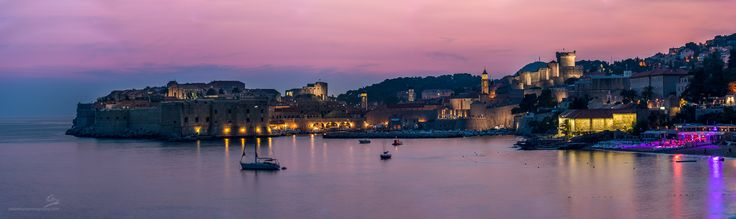 https://flic.kr/p/xzRcTY | Dubrovnik at Dusk | Dubrovnik old city at dusk shot from the meandering terraces at the Grand Villa Argentina.  From the 14th century Tvrđava Minčeta (fortress) top right down to the harbour and to the sea wall on the left.  7 shot, 226Mpixel vertical pano that should print without resizing  up to at least 8 feet.  5 second exposures at 190mm, stitched in Photoshop CC 2015