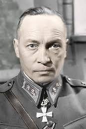 Kenraaliluutnantti Aksel F. Airo (1898-1985). Vastasi operaatioiden  suunnittelusta talvi-ja jatkosodan aikana.