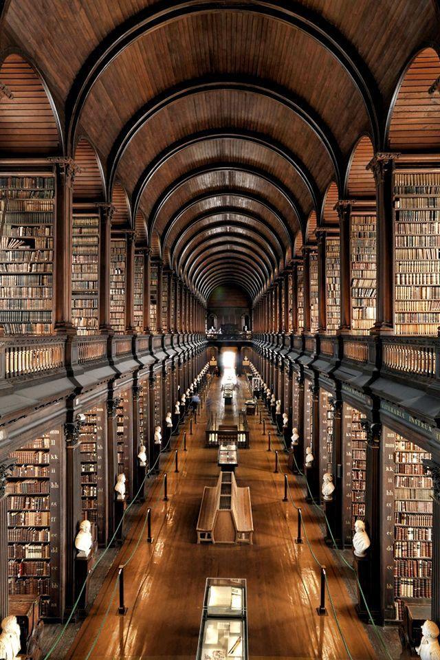 b-liz-zard:  Dublin, Ireland.