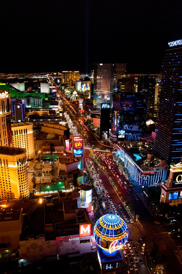 225 best images about las vegas great images on pinterest neon stratosphere las vegas and. Black Bedroom Furniture Sets. Home Design Ideas