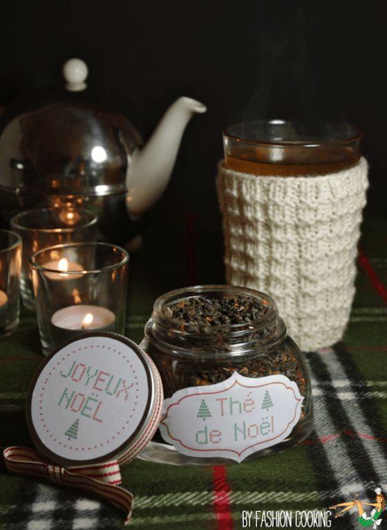Cette année Mademoiselle Cusine et moi vous offrons un Calendrier de l'Avent de cadeaux gourmands. Chaque jour une nouvelle recette à préparer pour l'offrir à vos proches. 1er décembre: Le Thé de Noël maison.