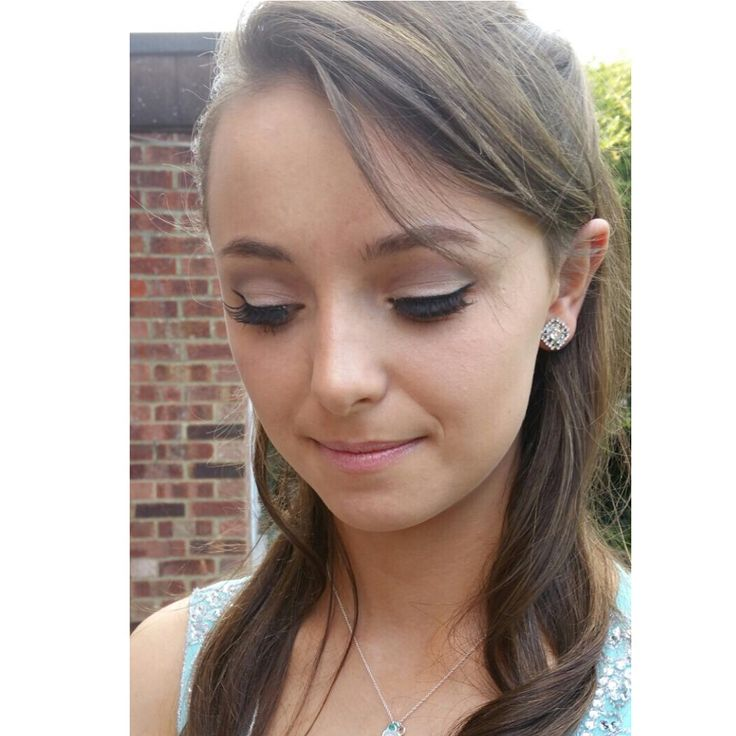 Prom Makeup using Urban Decay Naked 2 Palette