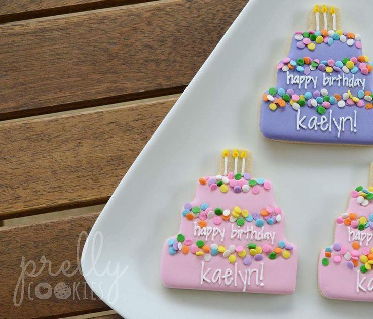 Birthday cake cookies for little Kaelyn's 3rd birthday 🎂🎂🎂 #birthdaycake #sprinkles #happybirthday #sugarcookies #decoratedcookies #Honolulu #Oahu #Hawaii #prellycookies