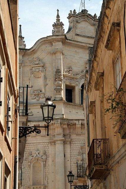 "The ""Florence of the South""...Lecce, Puglia, Italy - This place looks beautiful!"