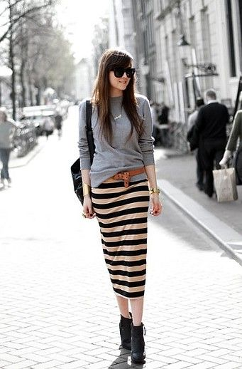 Striped pencil skirt....so chic