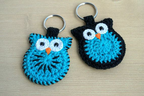 Crochet owl keychain, black and turquoise owl key ring
