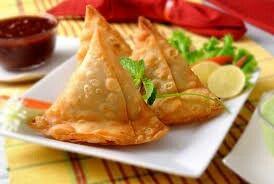 Samosa, Indian Fast Food, Delicious Food , Street Food .