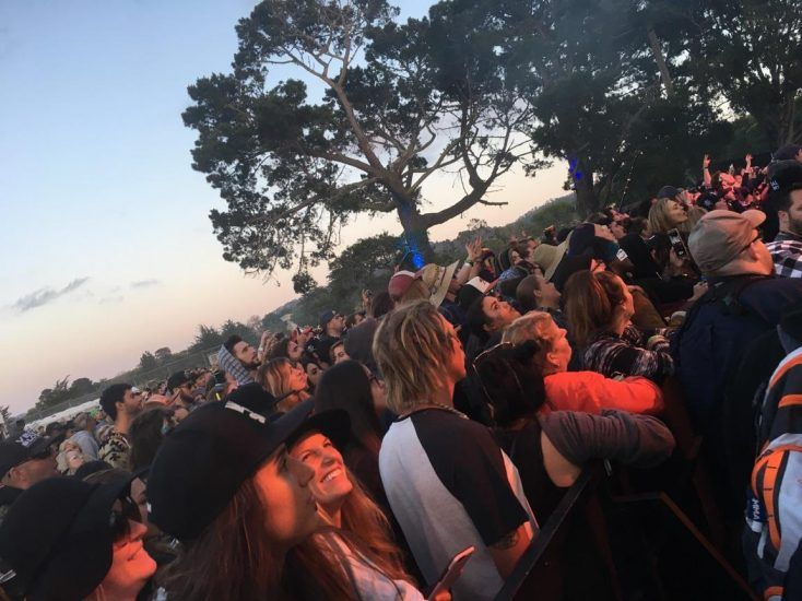 Reggae Concert fans https://mtnweekly.com/music/concert-news/2017-california-roots-music-and-art-festival