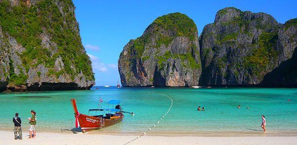 Koh Phi Phi - Thailand http://www.rantapallo.fi/thaimaa/koh-phi-phi/