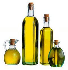 5. Aceite de oliva; vientre más plano    Los ácidos grasos monoinsaturados ayudan a disminuir la concentración de grasa abdominal. Estas grasas se encuentran principalmente en la dieta mediterránea, que incluye aceite de oliva, canola y maní, aceitunas, frutas secas y aguacates.