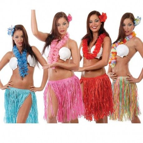 Disfraces hawaianos mujer | Conjunto hawuaiano para tus fiestas temáticas. Contiene falda de rafia, collar con flores y flor para la cabeza. Tamaño único infantil y adulto. Falda con goma para adaptarse a todas las cinturas. Unisex. 4,95€ #disfraces #hawaianos #disfraz #hawai #falda #hawaiana