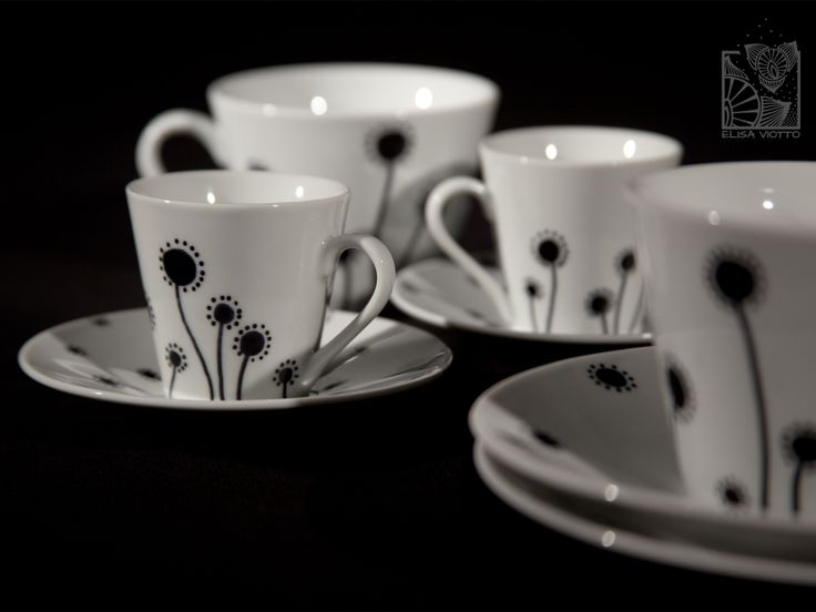 coffee and tea cup hand painted by Elisa Viotto Arte