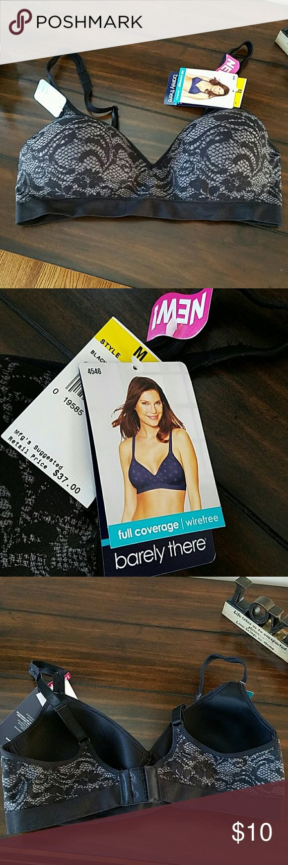 NWT Barely there bra Size medium(refer to picture 4 for medium sizing)~wireless, seamless comfort~ full coverage~ new with tags!! barely there Intimates & Sleepwear Bras