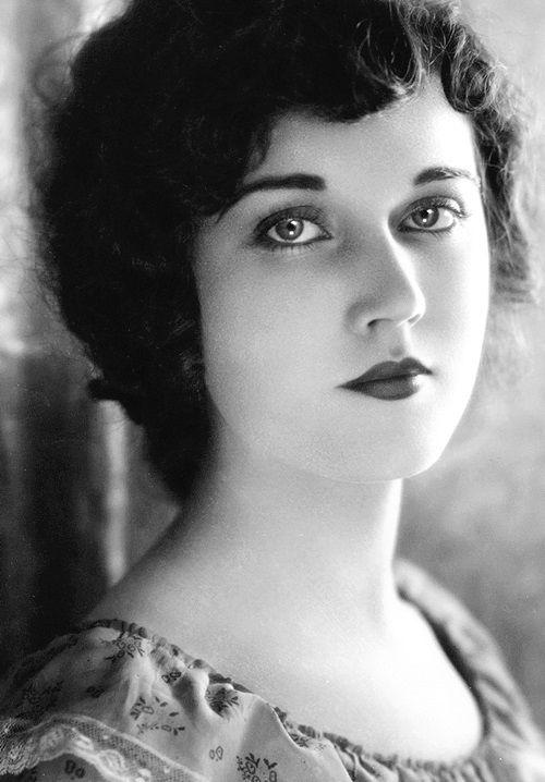 Fay Wray, 1920's
