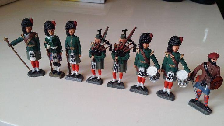 8 Vintage painted lead soldiers scotts Scotland highland black watch clansman | eBay
