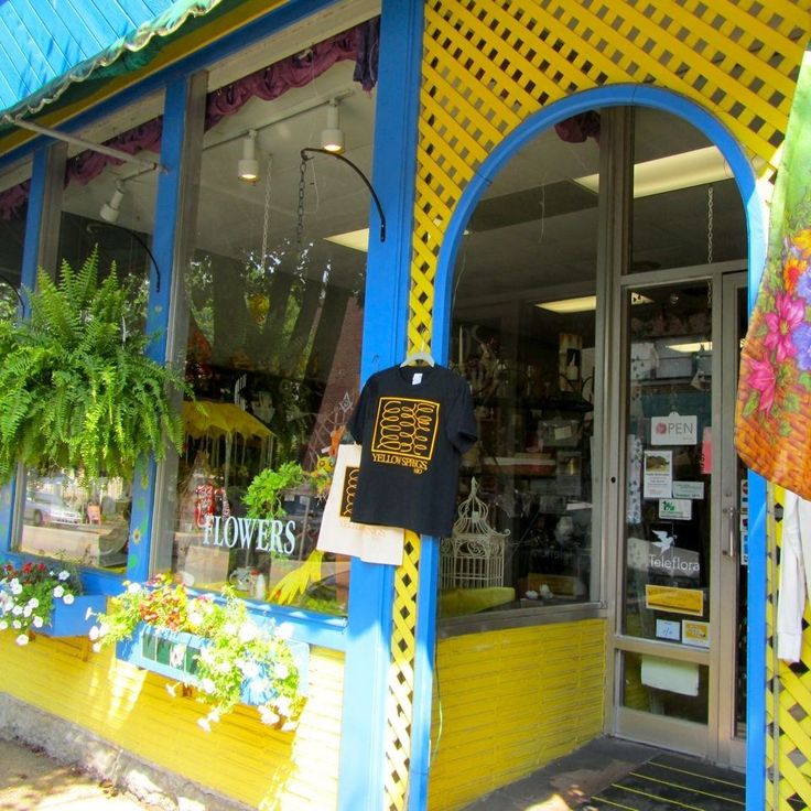 The counterculture movement is alive and well in Yellow Springs, Ohio. This hippie-mindedvillage in Southwest Ohio has always sort of fascinated me, ever since...