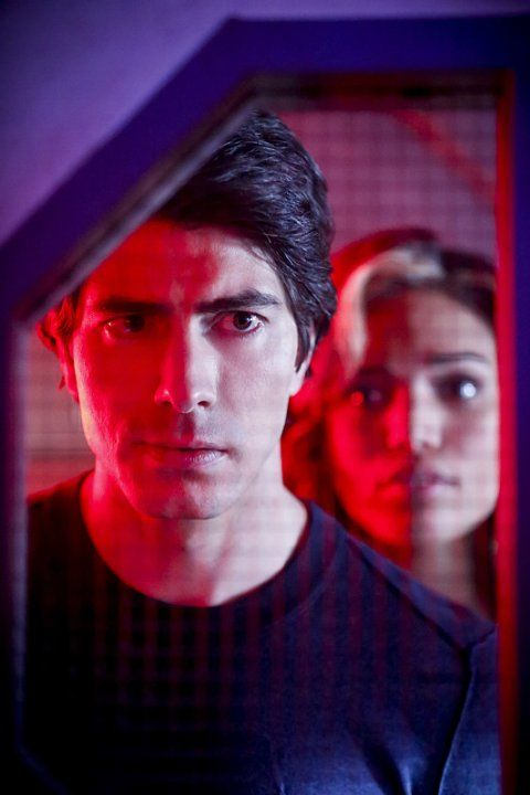 Still of Brandon Routh and Ciara Renée in Legends of Tomorrow (2016)