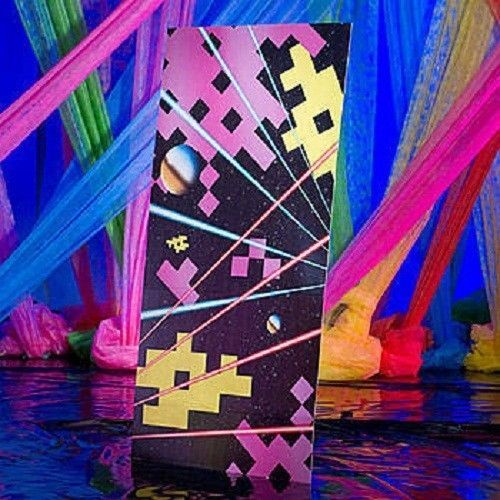 46 best the 80 39 s images on pinterest for 80s prom decoration ideas