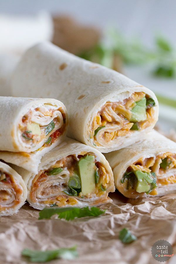 These Vegetarian Wraps with Beans and Cheese make the perfect grab and go lunch. These wraps are sure to make your taste buds happy!