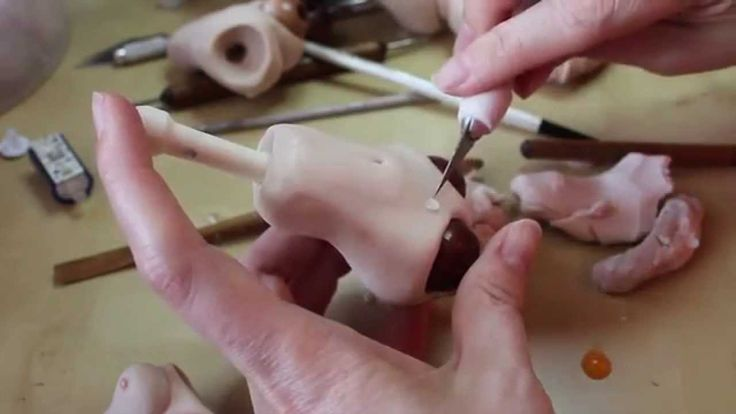 How To Video on Sculpting a Ball Jointed Doll Torso -