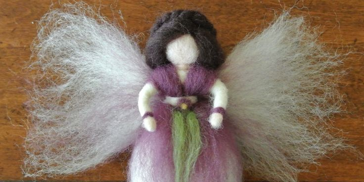 How to make a fairy from wool roving - an easy tutorial