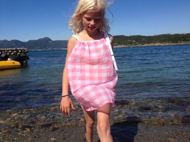 DIY kjole, sommerkjole, stroppekjole, søm, omsøm, dress, summer dress