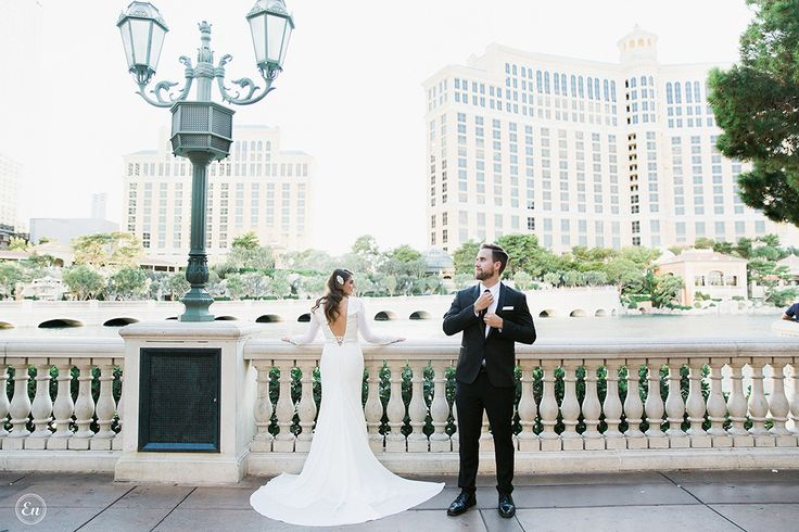 An Ode to Las Vegas : Bellagio and Venetian Wedding Photography