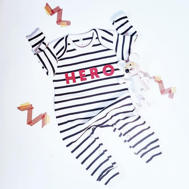 ⚡️⚡️ love this hero suit ⚡️⚡️ Especially with a Superhero mouse sidekick! Feels especially fitting today, after a long weekend! Available soon @claude_and_co • • @organiczoo #hero #newbaby #organic #gots #ig_motherhood #claudeandco