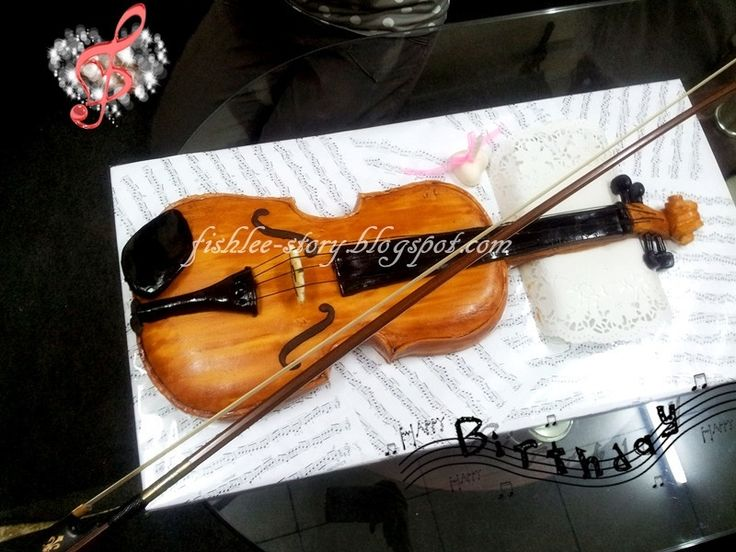 Violin cakes decide to bake this violin fondant cake for for Violin decorating ideas
