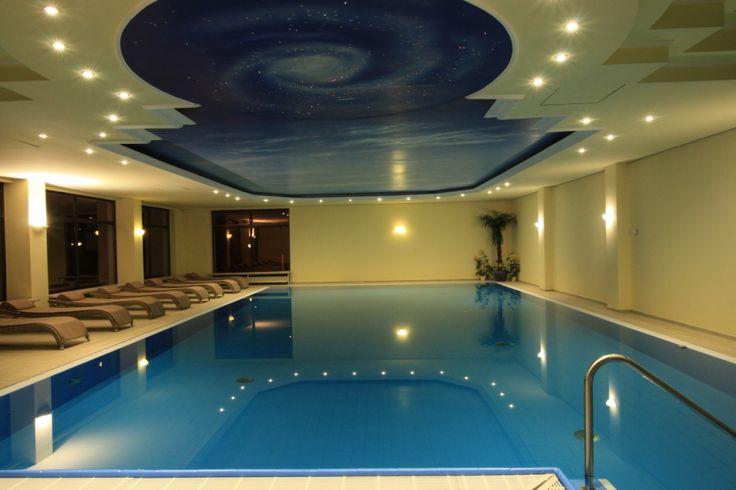 Schwimmbad mi 13x8m! Immer 30 grad Celsius!!