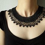 Black beaded crochet necklace - Collar necklace with black beaded lace by irregularexpressions por irregular expressions
