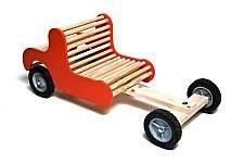 Speelgoed auto om zelf te maken.