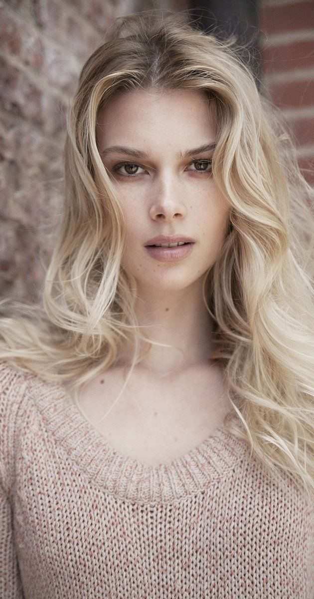 INSPIRATION FOR GLO in DEVYN DAWSON'S BOOK - THIEVERY     Emma Ishta, Actress: Stitchers. Emma Ishta is an actress, known for Stitchers (2015), I Smile Back (2015) and Manhattan Love Story (2014). She has been married to Daniel McCabe since September 8, 2012.