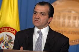 #5Caminos para Colombia: 5. Transparencia, para tener un gobierno que dé ejemplo de austeridad y para acabar con la corrupción.