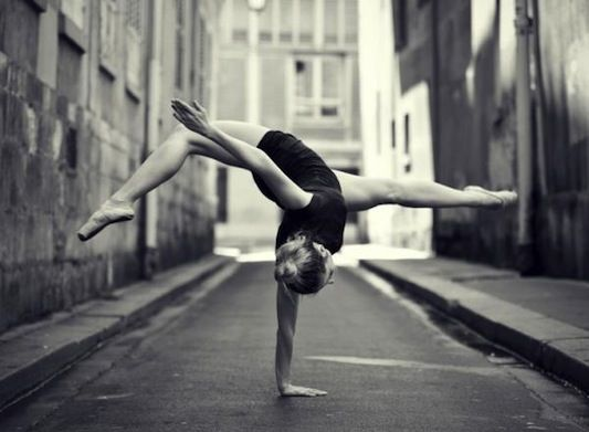 Wow.  This blog posted beautiful dance photos... Beautiful