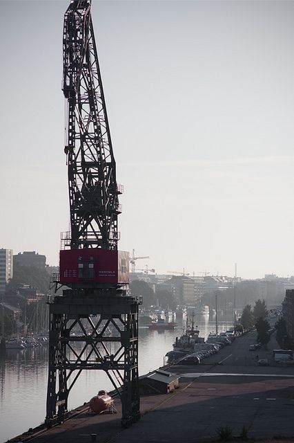 "wartsila_crane   Crane by the ""Aurajoki"" river at sunrise mo…   Flickr"
