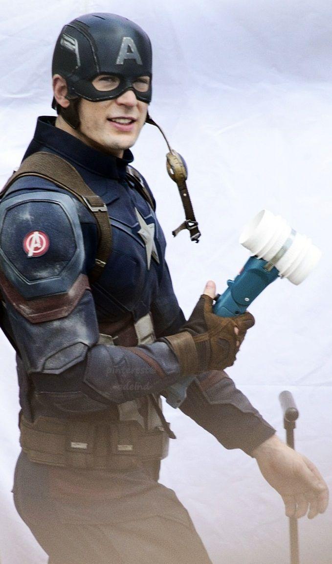 Captain America: Civil War! This cast though! <3 #Marvel! <3