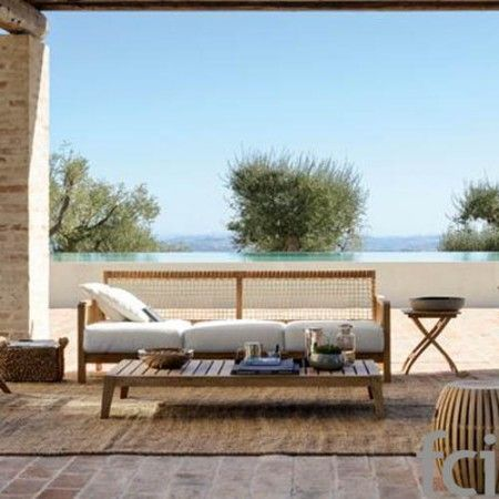 Synthesis Seating System by #Unopiu starting from £67. Showroom open 7 days a week. #fcilondon #furniture_showroom_london #furniture_stores_london #Unopiu_garden_furniture #Unopiu_outdoor_furniture #Modern_Outdoor_Furniture