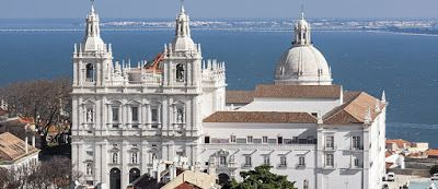 WorkOnlineWithUs: Kom med till Portugals magnifika havskust!