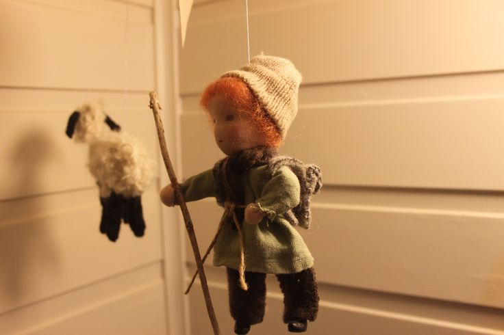 Gjetergutt med marionette-lam