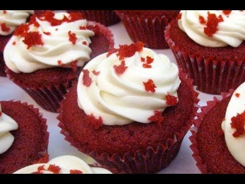 Cupcakes de Bizcocho Red Velvet Autenticos - YouTube